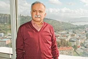 Bayraklı Belediye Başkanı Hasan Karabağ,